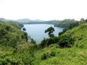 Fort Portal crater hike